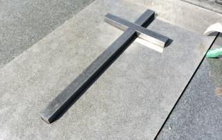 Krzyże ze stali nierdzewnej