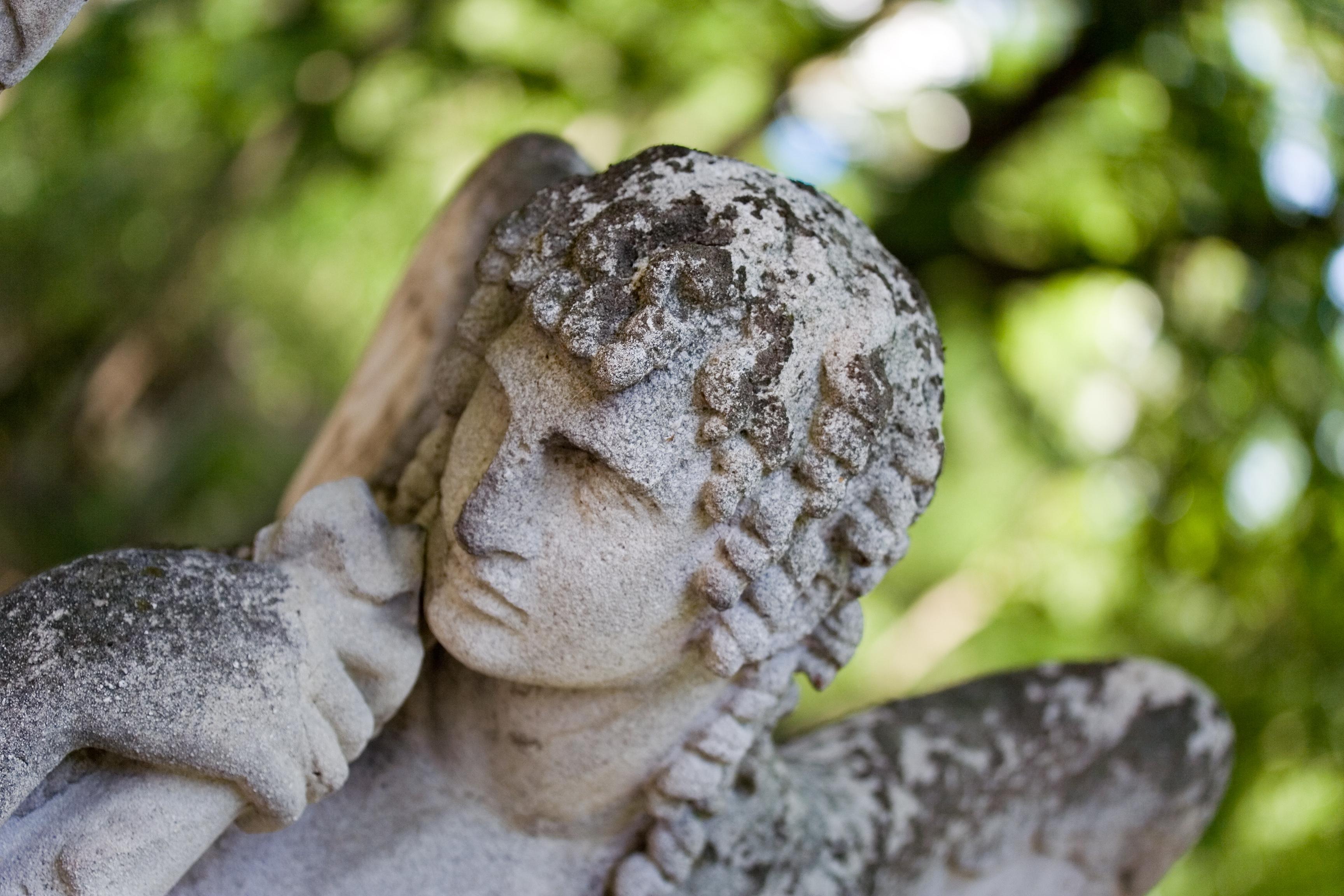 Cytaty Na Nagrobki Nie Związane Z Religią Wieczna Pamięć